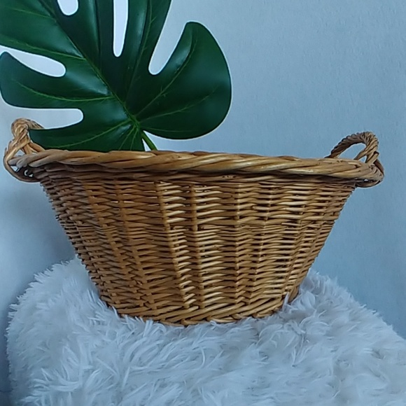 Vintage Other - Vintage Wicker Rattan Basket